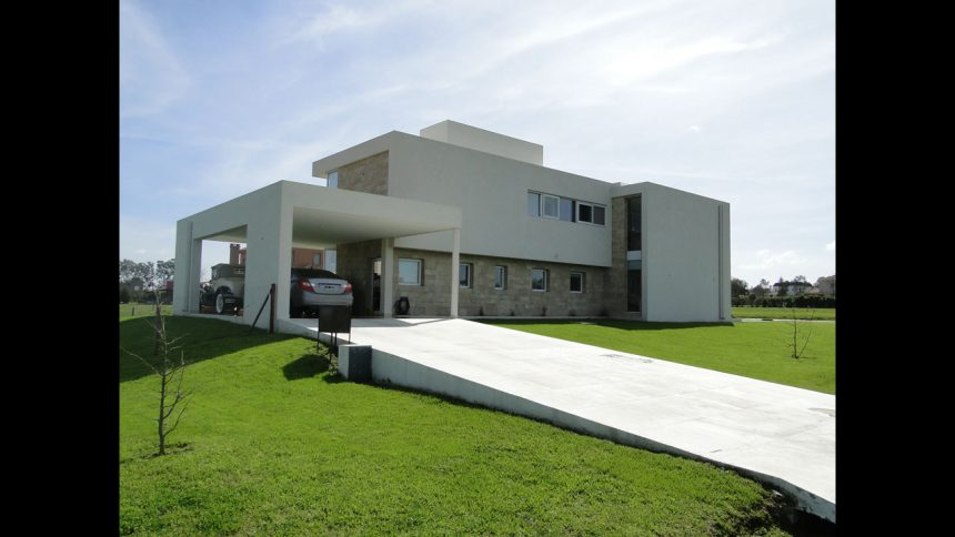 CASA ESTANCIAS